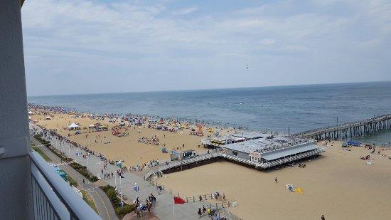 BEST WESTERN PLUS Sandcastle Beachfront Hotel: 20160612_152631_large.jpg
