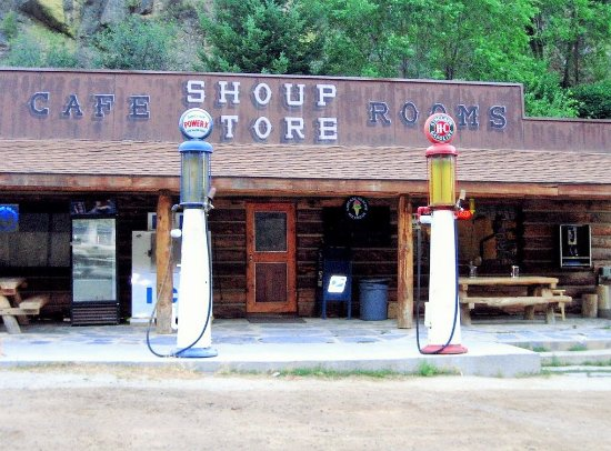 Shoup Store and cafe