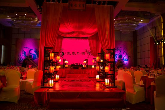 Qujing, Chiny: The Grand Ballroom, decorated for our wedding - and 240 guests.