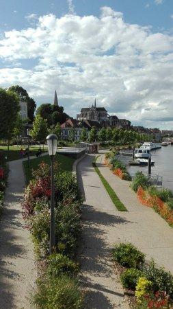 Vieille Ville : IMG_20160615_181050_large.jpg