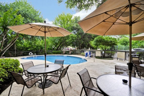Hampton Inn Austin-North at I-35 and Hwy 183: Outdoor Pool