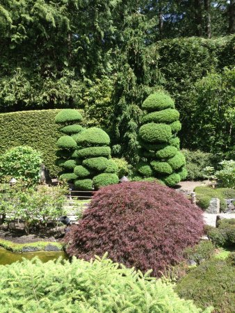 The Butchart Gardens: The Only Quiet Spot We Found In The Whole Place.