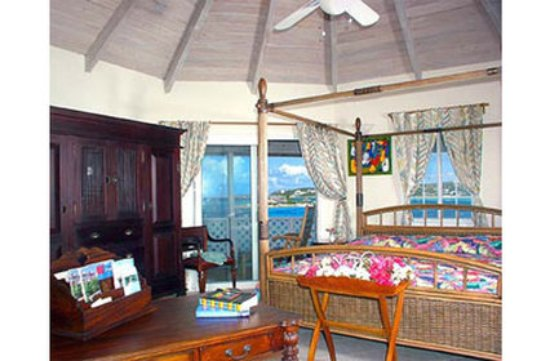 Arawak Beach Inn: Oceanview Deluxe King