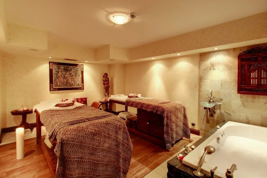 Alchymist Grand Hotel & Spa: Ecsotica Spa Couple Tretament Room