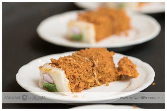 Daube's Cakes and Bakery: sliced carrot cake