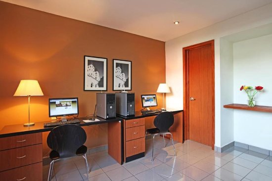Comfort Inn Real San Miguel: Business center
