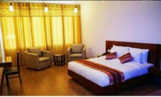 Hotel Monarch Residency: IMG_20160617_034817_306_large.jpg