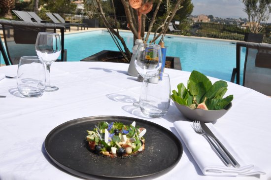Sandton Hotel Domaine Cocagne: Great lunch at the hotel pool