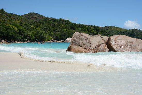Praslin Island, Seychelles: Anse Lazio un peu plus énervée