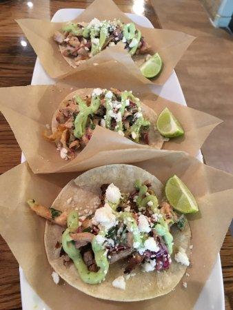Secret Garden Cafe: Tacos