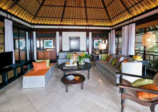 Fregate Island Private: Living room