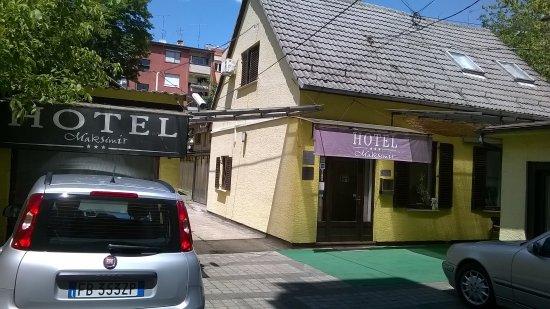 Maksimir Hotel
