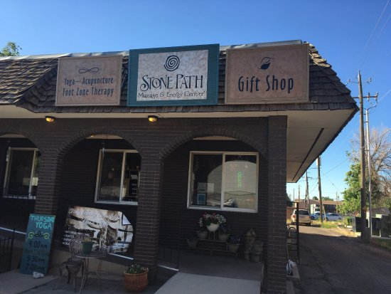 Cedar City, UT: Massage and yoga place! Even oils, stones, soaps etc.