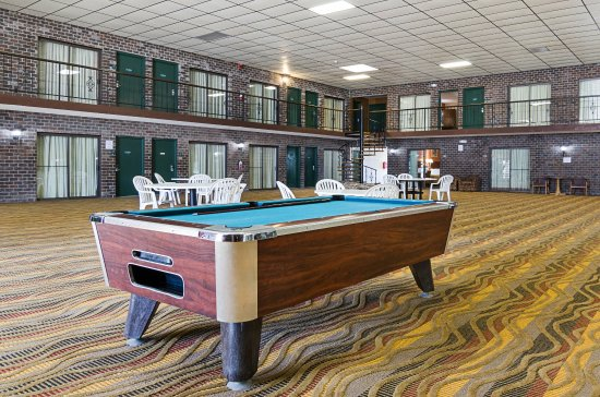 McPherson, KS: Game room