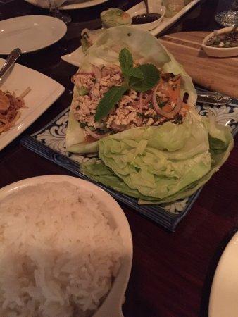 Basil Thai Restaurant: Larb gai.