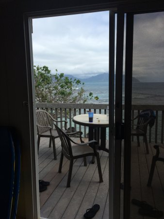 The Lodge at Keneohe Bay : Private patio/lanai.