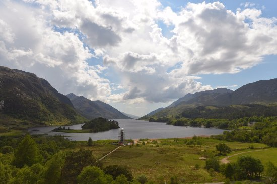 Glenfinnan, UK: Beautiful Loch Shiel.