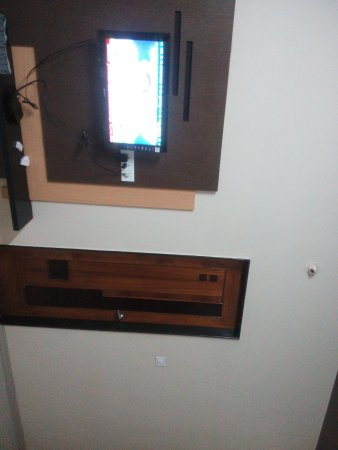 Hotel Basava Residency: IMG_20160616_203644_large.jpg