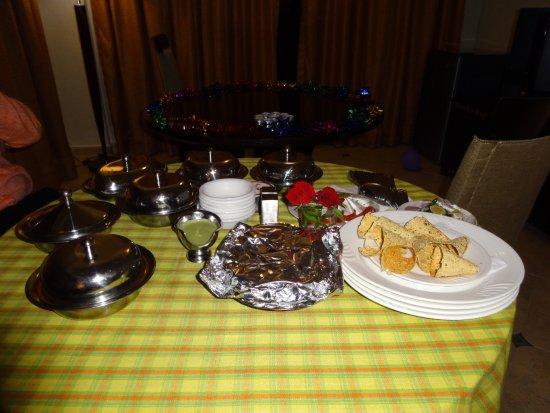 The White Hotels: Dinner Arrangements.
