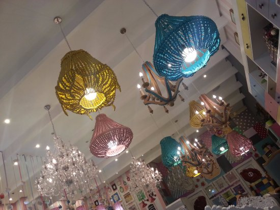 Im gonna swing from the chandelier which one hahaa picture vanilla cupcake bakery global im gonna swing from the chandelier aloadofball Images