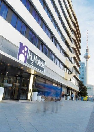 H2 Hotel Berlin Alexanderplatz: Exterior