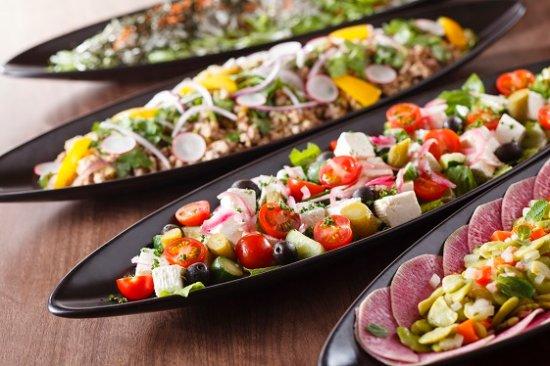 Cascade Cafe: Salad