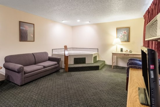 econo lodge new ulm updated 2018 prices motel reviews. Black Bedroom Furniture Sets. Home Design Ideas