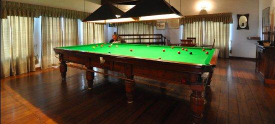 Glendower Hotel: 150 year old Billiards table