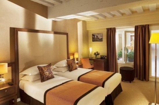 聖奧諾雷酒店