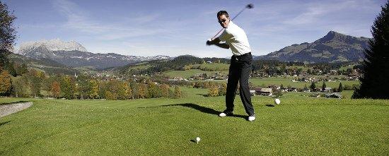 Kitz Garni Boutique Hotel: Golf