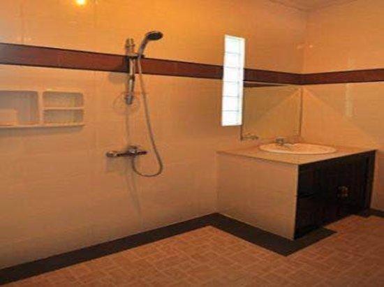 Denays House : Bathroom