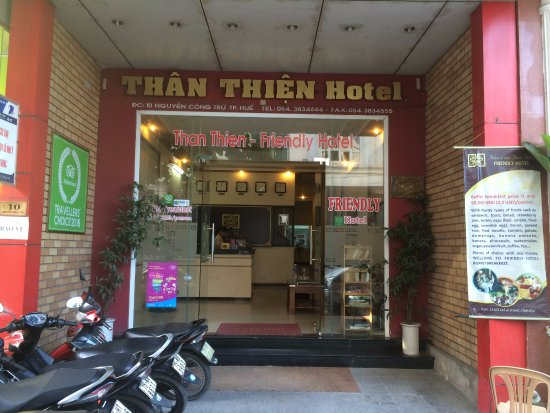 Than Thien Hotel - Friendly Hotel: The entrance