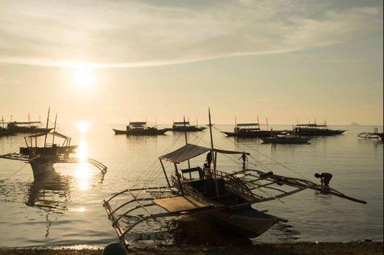 Kokay's Maldito Dive Resort: Закат из отеля