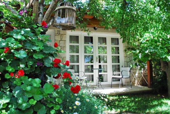 Incirliev Alacati: Bahçe