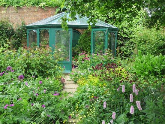 Barnsdale Gardens - Reviews | Facebook