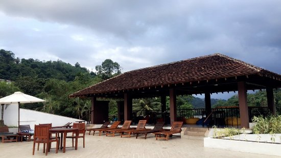 Surrounded by Hills- A lovely, relaxed stay!