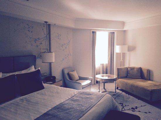 Shangri La Hotel Sydney Horizon Tower Suite