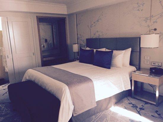 Shangri La Hotel Sydney Horizon Tower Suite View