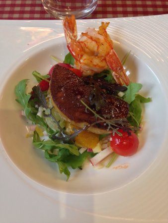 Chez Canaille: J'adore ce restaurant situé ds le hedas ! Très convivial et surtout une très bonne cuisine !