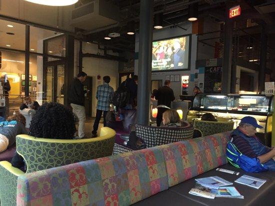 Hostelling International - Boston: photo1.jpg