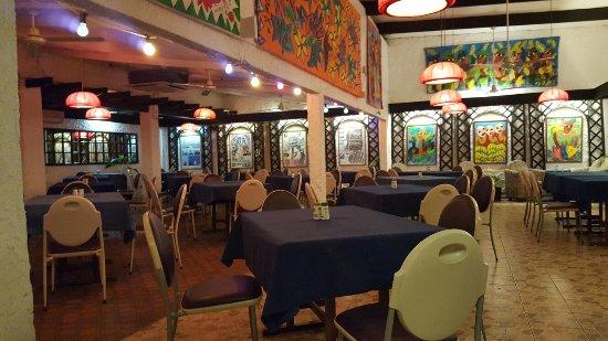 L'Houstalet Restaurant: 20160617_192351_large.jpg