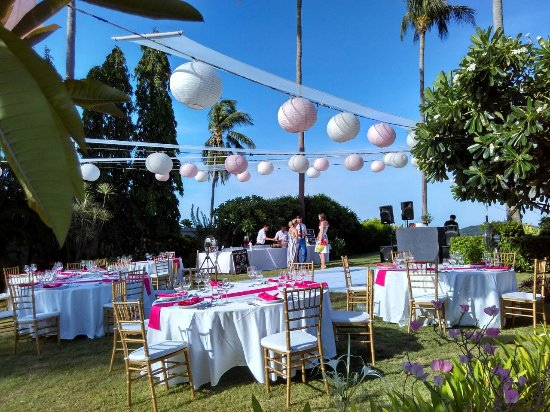 Baan Sawan Villa: Garden Wedding Reception