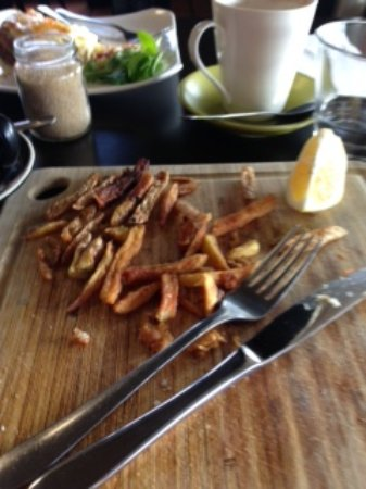 Boat Harbour, Australia: over cooked fries