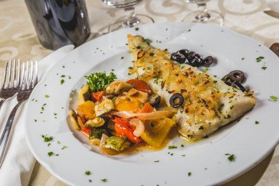 Hotel Raffaello: Ristorante overview