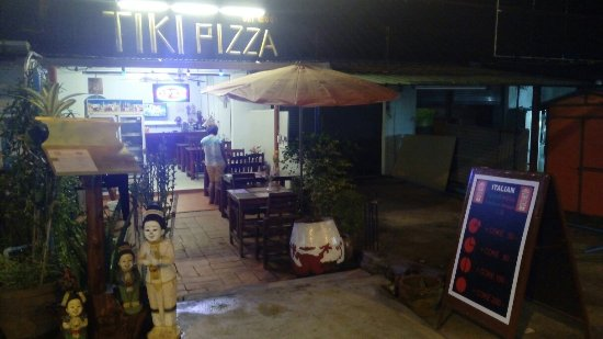 Tiki Pizza Kamala