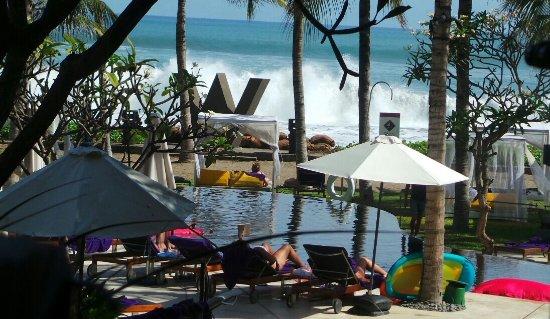 W Lounge at W Retreat & Spa Bali - Seminyak: The view