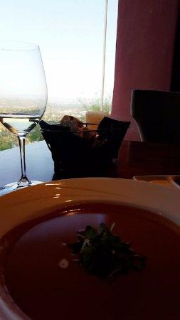 Different Pointe of View at Pointe Hilton Tapatio Cliffs Resort: Gluten free lobster bisque