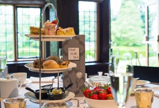 Stone, UK: Afternoon Tea