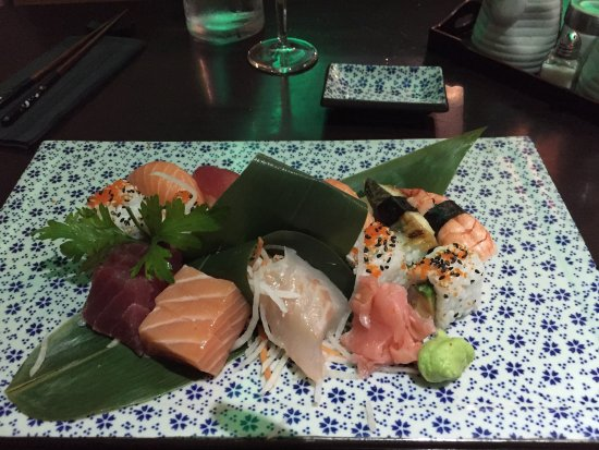 Wasabi d'Azur: Sushi set was ordered. They look good but salty and not very fresh. Anyway, service is good. The