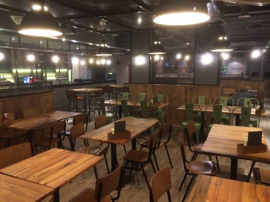 Addlestone, UK: New Restaurant